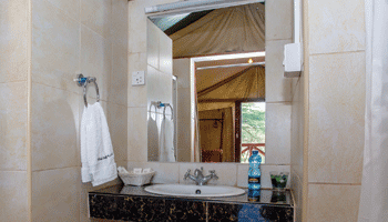 luxurious-Tents-sinks